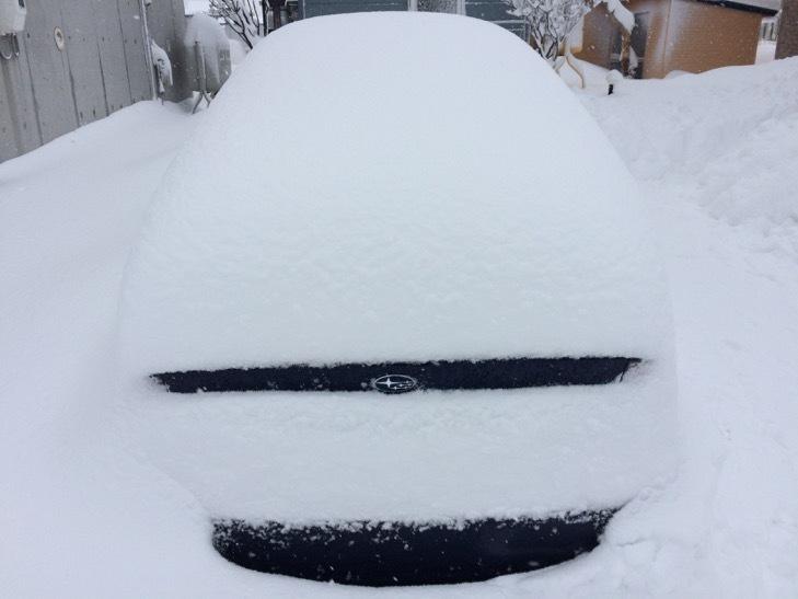 雪とレガシィ