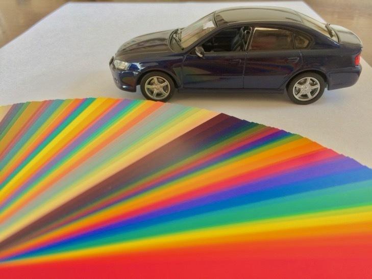 車と色見本